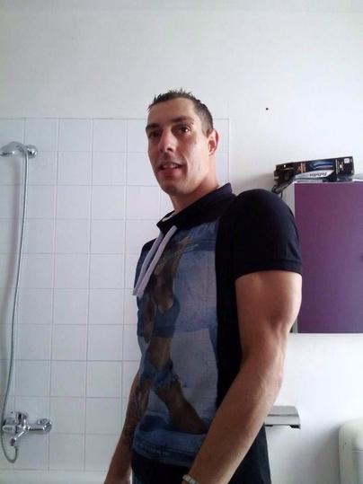 Douce Brune Subit Un Cunnilingus Matinale Et Baise : Video Porno Gratuite